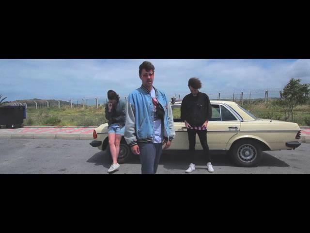 Videoclip ''No me gustas, te quiero'', de The Parrots.