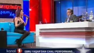 Ebru Yaşar-Kararsızım ve Aramam Canlı (Kenan Erçetingözle Akşam Keyfi)