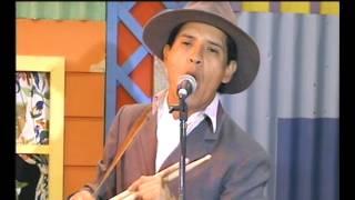 "Los Nocheros cantan ""Boquita de luna"" - Videomatch"