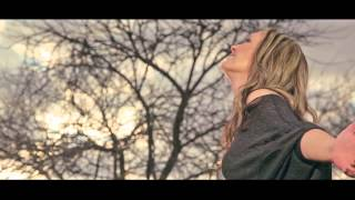 Juanita du Plessis - Kaalvoetkind (OFFICIAL MUSIC VIDEO)