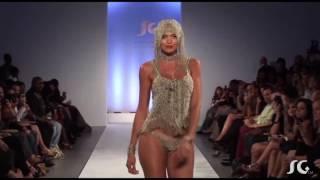 Fashion Show - Liquid Metal by Sergio Gutierrez
