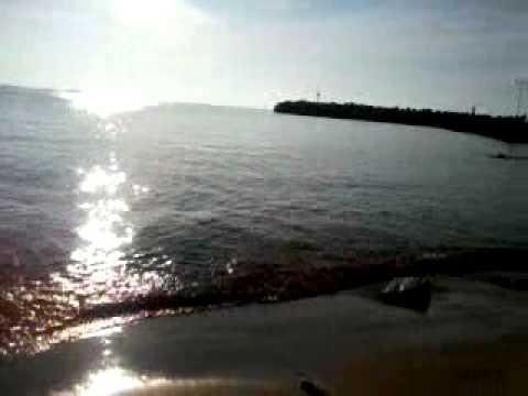 la mer en algerie au couché de soleil