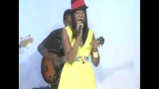 Ki Johnson live - 2009