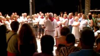 Navarros cantando en Benidorm.