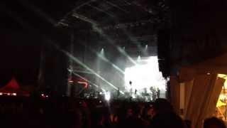 WOODKID - GHOST LIGHTS (Dockville Festival 2013)
