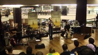 Leonardo Goncalves canta 'Principio e Fim' em Pocket Show