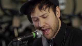Unknown Mortal Orchestra - Swim & Sleep (Like A Shark) (Live on KEXP)