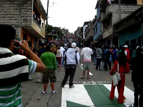 Banos Ecuador more box cars