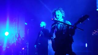 Motionless in White Break the Cycle Live(HQ Audio)