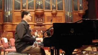 Yun-lun Hsieh plays Mozart piano concerto KV 488 (cadenza)