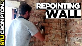 repointing old brick wall crack, bricklaying tutorial