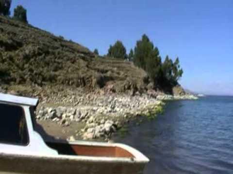 Viaje por Sudamerica di Giacomo Sanesi. Taquile (PER). 01673 – naufragio sull'isola