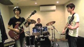 Angry Rockers - She Likes Rock N Roll (cover)