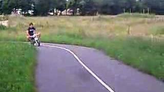 hugo et la pocket bike