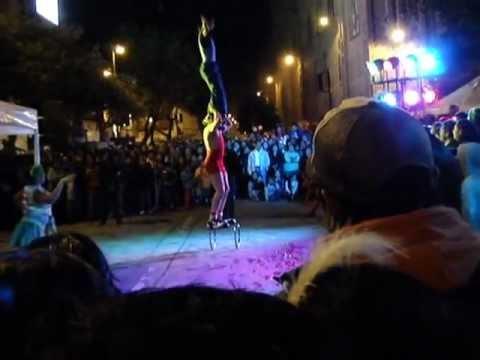Acrobats at Noche de Luz, Cuenca, Ecuador 2