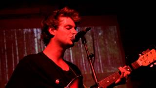 mac demarco - baby's wearing blue jeans (live) [the mohawk] 9/21/12
