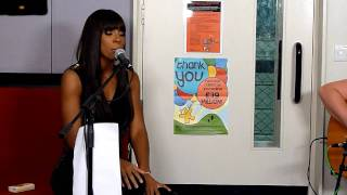 "Kelly Rowland ""Underdog"" LIVE at Radio 1 Live Lounge"