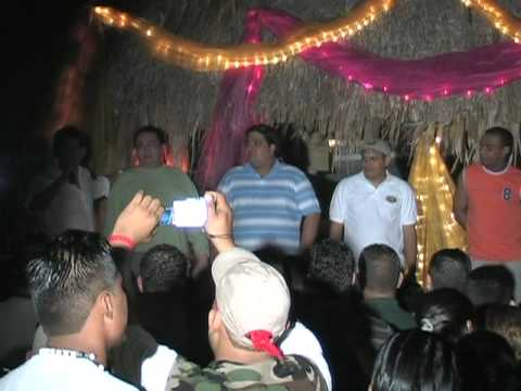 oscar nicaragua 3  Show Nocturno de Apertura al Evento.VOB