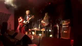 Ballbreakers - Highway To Hell (AC/DC Cover) - Le Vox 02.10.2015