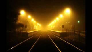 Bogdan Dima feat. Viktor - Singur merg pe drumul meu