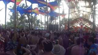 Vegas Live @ 303 Stage @ Universo Paralello #12