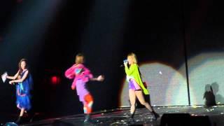 """[Fancam] 2NE1 """"SCREAM"""" @ New Evolution Tour 081712"""