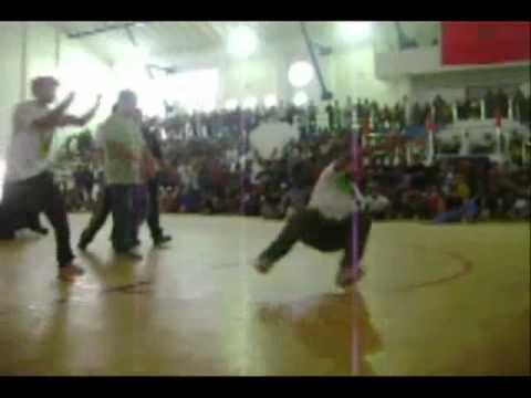 DZIRI ONE   (algerian)  vs LHIBA KINGZOO JUNIRO (Morocco)   Maghred United 2010
