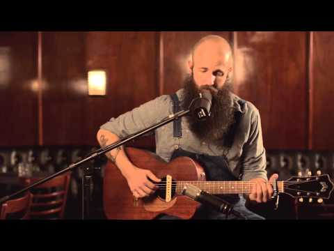william-fitzsimmons-took-acoustic-from-hotel-cafe-williamfitzsimmons