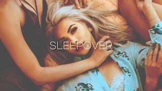Hayley Kiyoko - Sleepover (Traducida al Español)