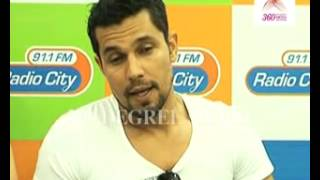 Sexy Randeep Hooda says his favourite song is 'Teri Jhuki Nazar' from 'Murder 3'