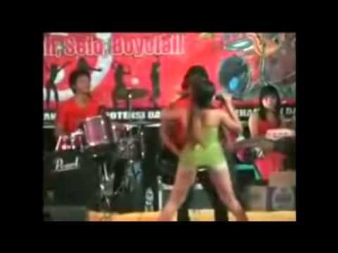 Download Lagu Dangdut Koplo Hot!! Buka-bukaan Cek Broo..