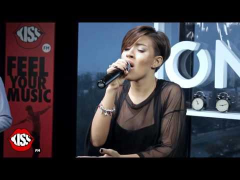 Nicoleta Nuca - Amintiri (live @ Kiss FM)