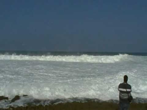 Big waves at Chatarra