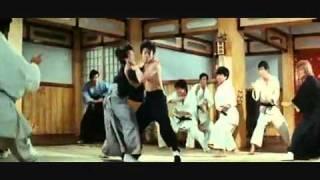 FIST OF FURY SCENE RE-EDITED WITH 'KENSHIRO'S THEME' (HOKUTO NO KEN)