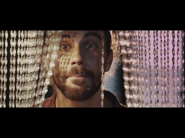 Videoclip oficial de la canción Di cu si de Alessio Bondì