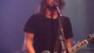 """Foo Fighters live in Vegas - """"Let It Die"""""""