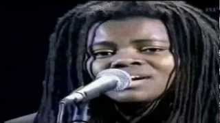 Tracy Chapman 'Baby Can I Hold You' (Live) HD 1080p with Lyrics.mp4
