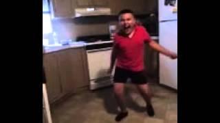 Gordito Aprendiendo A Bailar Merengue