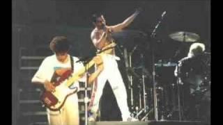 12. I Want To Break Free (Queen-Live In Leiden: 6/12/1986)