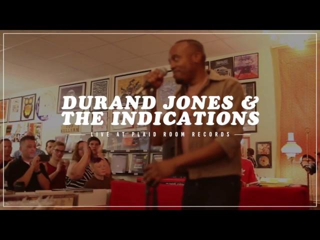 Video en directo de Whats going on de Durand Jones