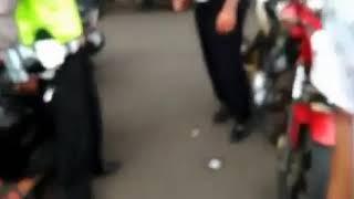 Polisi vs Kids Jaman Now