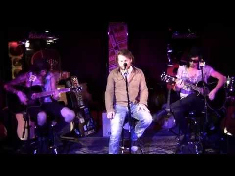 asking-alexandria-the-death-of-me-acoustic-95-wiil-rock