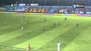 *HD* Arsenal Vrs. River Plate gol (sombrero) Uruguayo Mora