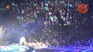 Enrique Iglesias I Know You Want Me Live at Nassau Coliseum