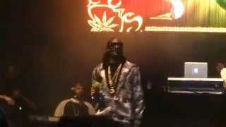 Snoop Dogg - 2 of Amerikaz Most Wanted - live Leeds 4 december 2014