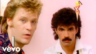 Daryl Hall & John Oates - Family Man (Official Video)