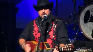 "Raul Malo of The Mavericks Covers Roy Orbison's ""Crying"" at The Fonda - March 6, 2016"
