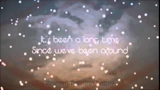 Charli XCX ft. Rita Ora Doing It (LYRICS VIDEO)