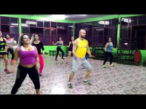 Aula de Dança Academia Aer Sadia profº Junior conte