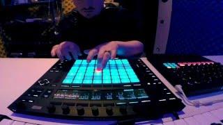 Gigi D'Agostino - Bla Bla Bla live performance Ableton push 2